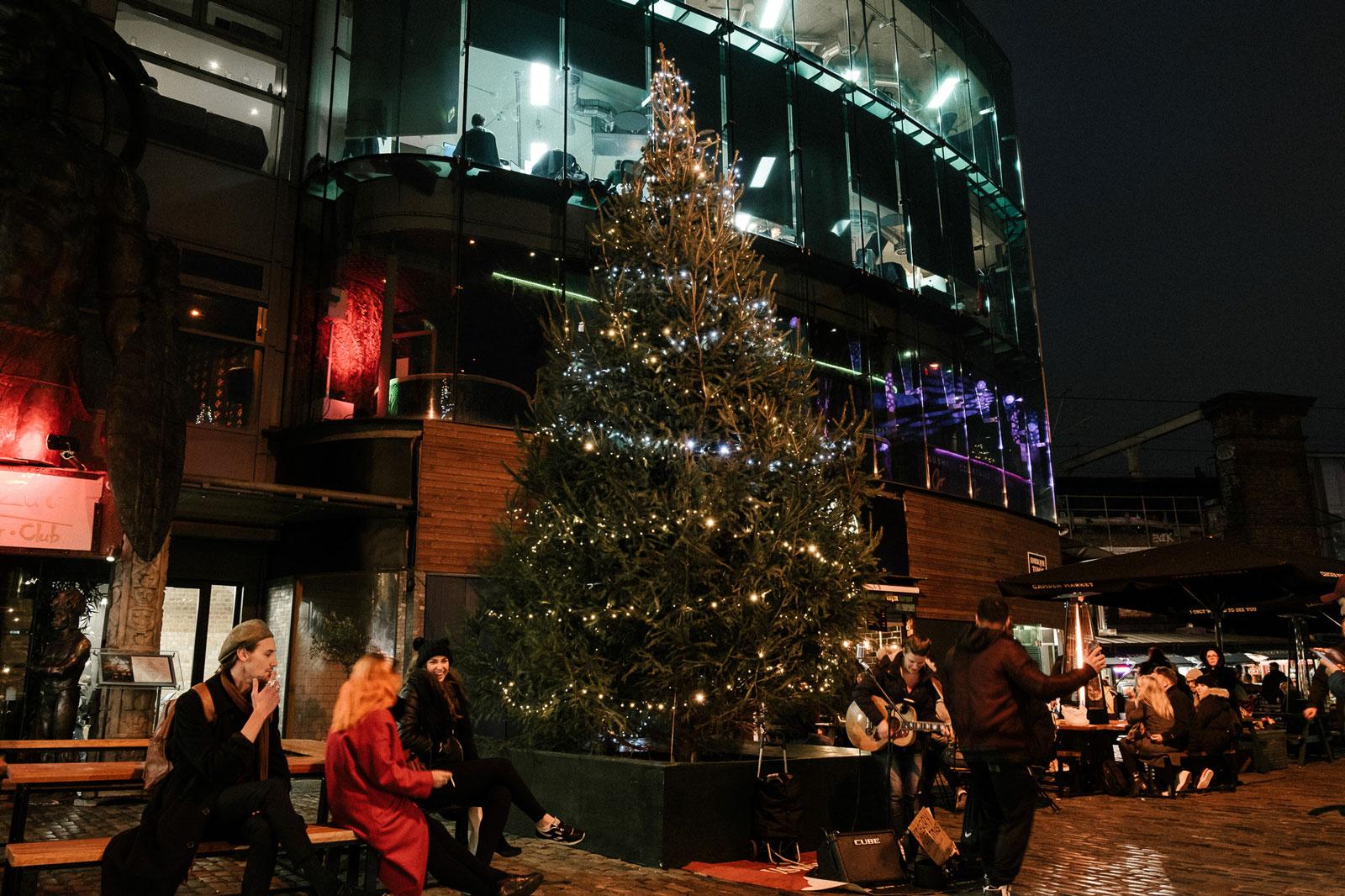 Camden-Market-Xmas-Tree