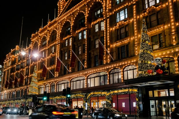 harrods facade christmas