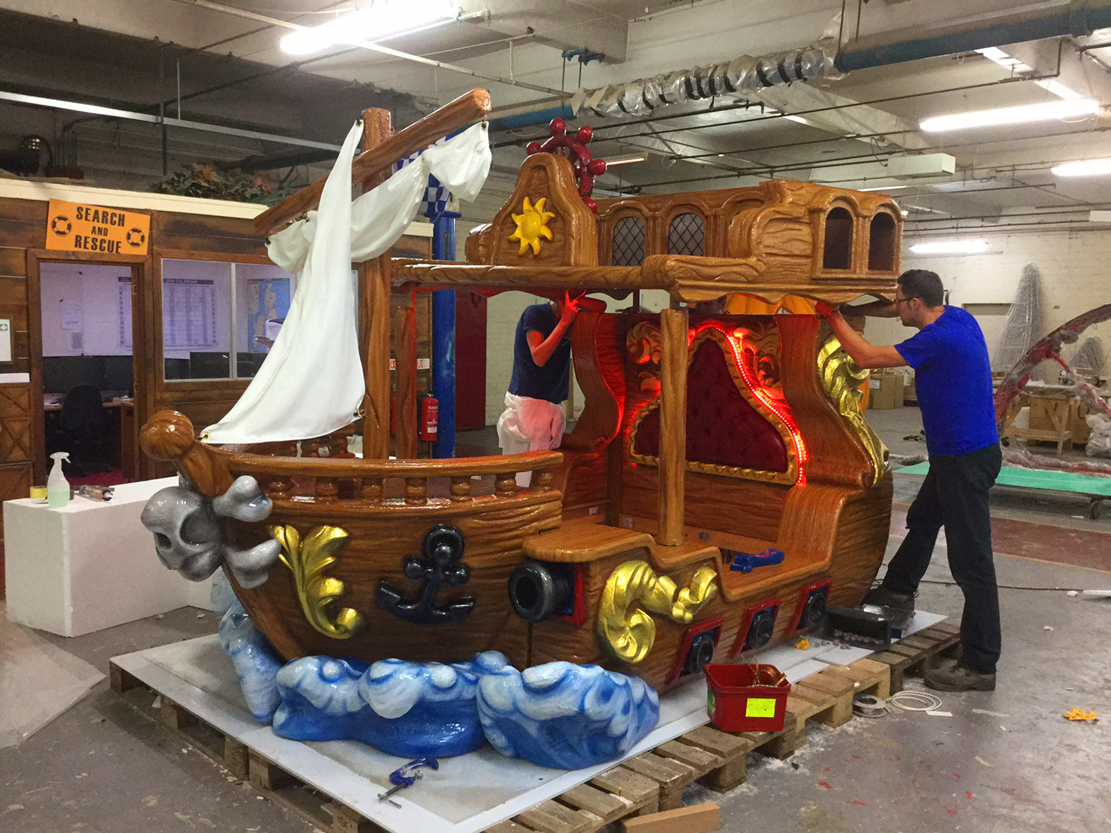 making Pirate bed